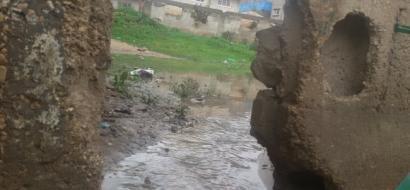 """خاص لـ""""وطن """" بالفيديو .. غزة : المطر يحول جورة الصفطاوي الى جورة الموت"""