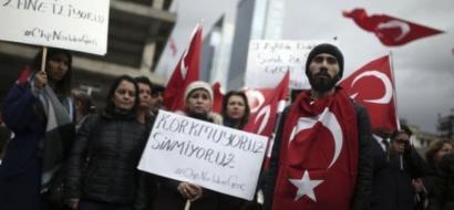 تركيا تفصل 6 آلاف شخص من وظائفهم