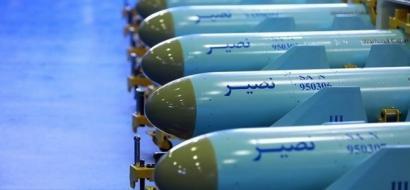 """الحرس الإيراني يتسلم دفعة كبيرة من صواريخ """"نصير"""" المجنحة"""
