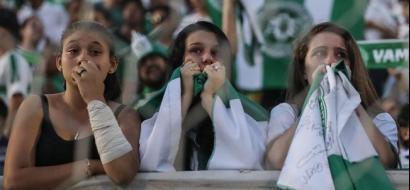 """في لفتة إنسانية.. برشلونة يستضيف """"الفريق المنكوب"""""""