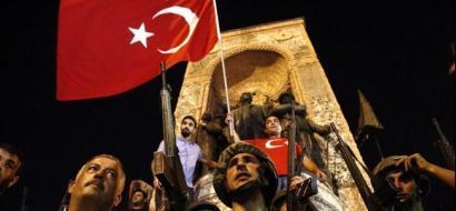 صحف تركية تتهم الامارات بدعم الانقلاب بـ3 مليارات دولار