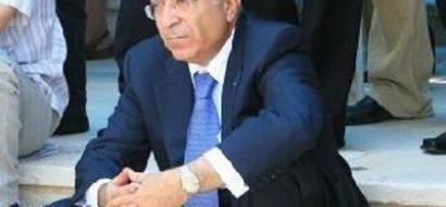 الحكومة الفلسطينية تواجه صعوبة في دفع رواتب الموظفين