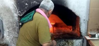 """خاص لـ""""وطن"""": بالفيديو.. طولكرم: """"العمّوري"""" مخبز لا يزال يرسّخ جذوره منذ قرابة قرن"""