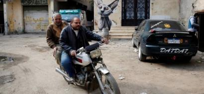 مصر تحظر الدراجات بسيناء لمدة عام