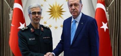 """أردوغان يعقد """"لقاء مغلقا"""" مع رئيس الأركان الإيراني في أنقرة"""