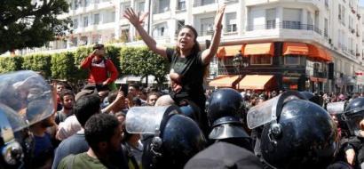 اتساع رقعة الاحتجاجات في تونس، فما هي مطالب المحتجين ؟