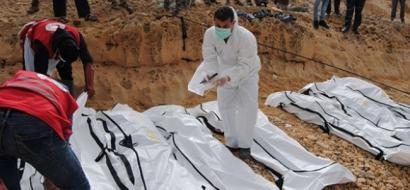 انتشال 28 جثة لمهاجرين قضوا جوعا وعطشا في البحر
