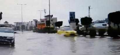 """خاص لـ""""وطن"""": بالفيديو.. طولكرم تحتفل بالأمطار.. لكن شوارعها تغرق"""