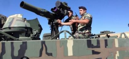 """مدفعية الجيش تقصف مواقع """"داعش"""" في الجرود"""