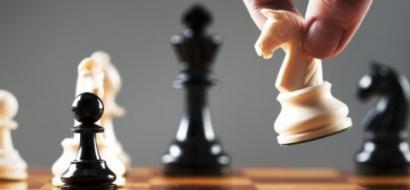 """""""كش ملك"""" أصلها عربي.. حقائق لا تعرفها عن لعبة الشطرنج"""