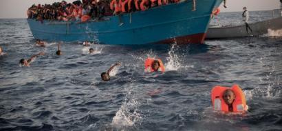 وفاة 27 مهاجرا بالاختناق والغرق غرب ليبيا