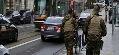 الشرطة البلجيكية تعتقل رجلا حاول دهس حشد في شارع تسوق بمدينة انفير