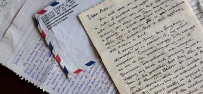 رسائل غرامية لأوباما تكشف تفاصيل حياته