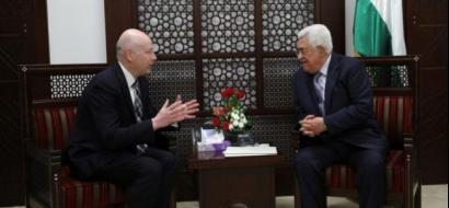 الرئيس عباس يلتقي المبعوث الاميركي