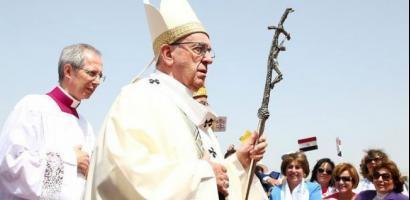 البابا في القاهرة في زيارة قيّمة لمسيحيي مصر
