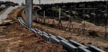 الاحتلال يستأنف بناء جدار الفصل شمال غرب بيت لحم