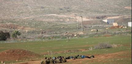 الاحتلال يخطر بهدم 20 منزلا في قرية العقبة شرق طوباس