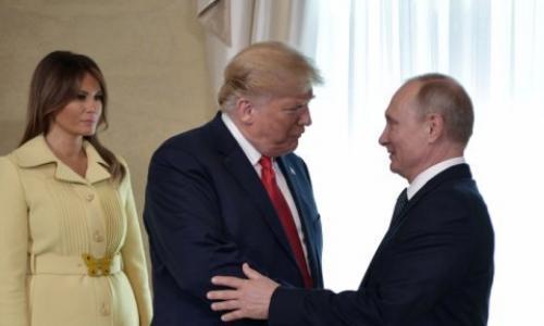ما الذي يحدث مع ميلانيا؟! شاهد ملامح وجهها بعد أن صافحت بوتين