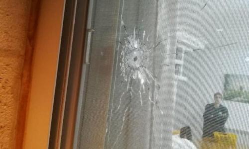 """الاعلام العبري يزعم: عملية اطلاق نار استهدفت مستوطنة """"بيت ايل"""""""