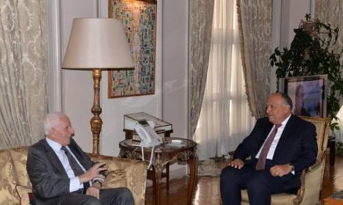 الأحمد يبحث مع وزير الداخلية اللبناني آخر المستجدات