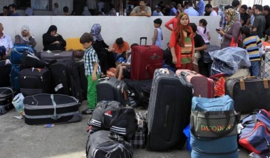 676 مسافراً من الحالات الانسانية غادروا عبر معبر رفح