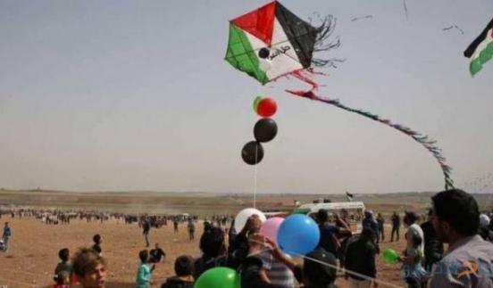 الاحتلال يمنع دخول البالونات الى غزة