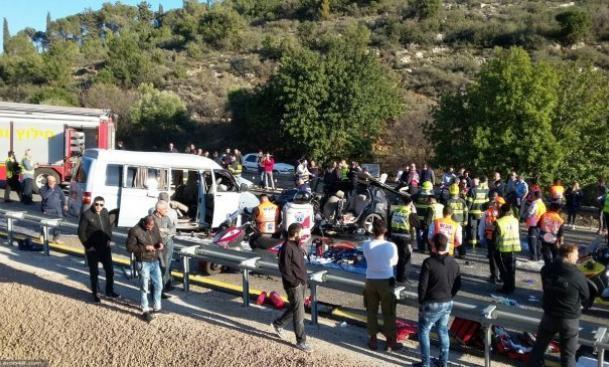 فيديو.. مصرع 5 فلسطينيين بحادث سير في الجليل