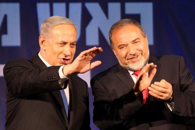 ليبرمان: نزع سلاح حماس وإعادة جنودنا أهم أولوياتنا