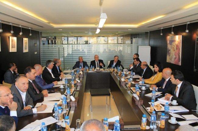 بشارة: لدينا خطة لتخفيض ضريبة الدخل وضريبة القيمة المضافة ولا يمكن أن يتخلى أي فلسطيني عن حقوقه المشروعة مقابل المال