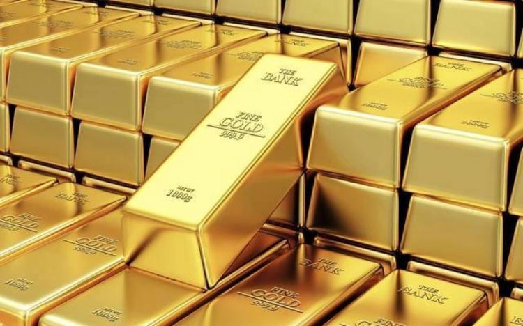 الذهب يربح مع انخفاض الدولار والعوائد الأمريكية
