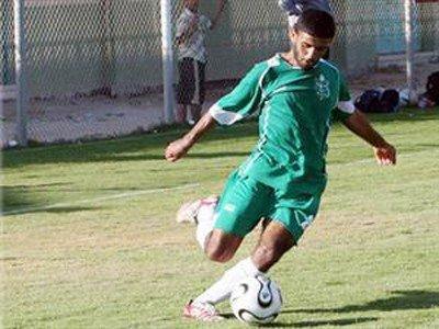 لاعب فلسطيني معتقل يرفض الإبعاد إلى النرويج