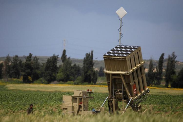 إصابة طائرة حربية لجيش الاحتلال بشظايا صاروخ القبة الحديدية خلال العدوان الأخير على غزة