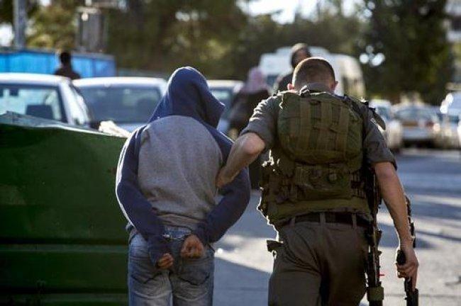 الاحتلال يُفرج عن المقدسي محمد سرحان بشرط الحبس المنزلي