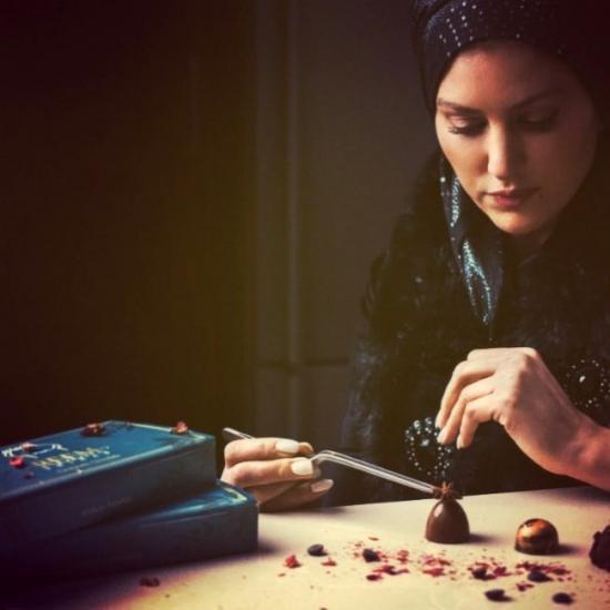 """تذوق """"شوكولاته ريم"""" بأعشاب فلسطين العطرية والعسل.."""