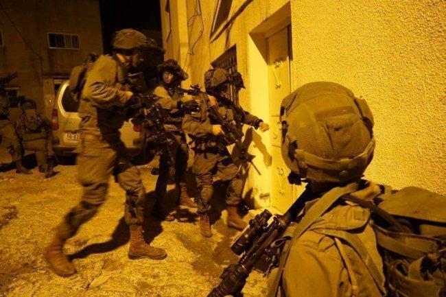 الاحتلال يعتقل 4 شبان شرق جنين