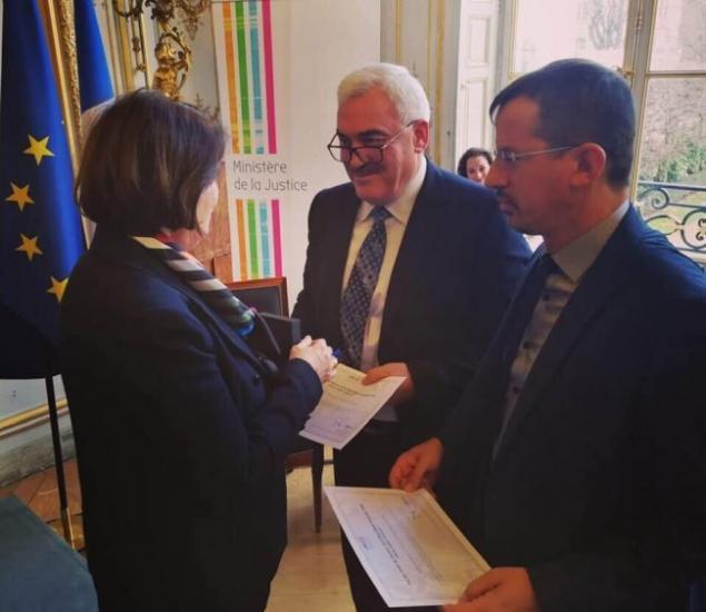 """""""الحق"""" تستلم جائزة فرنسا لحقوق الانسان لعام 2018"""