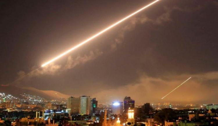الاحتلال يعلن سقوط صاروخ قرب عسقلان ومدفعيته تقصف شرق بيت حانون