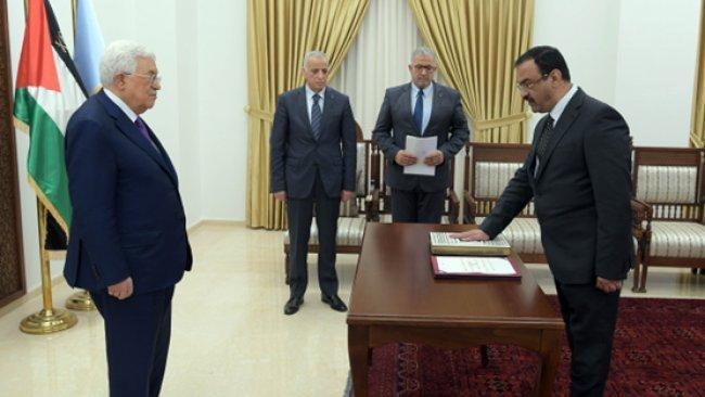 أحمد براك يؤدي اليمين رئيساً لهيئة مكافحة الفساد
