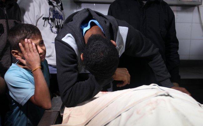 استشهاد خالد معروف يرفع عدد شهداء غزة الى 7