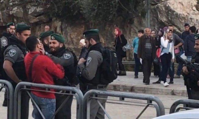 الاحتلال يصادر أعلام فلسطينية ورايات الفصائل من العيسوية