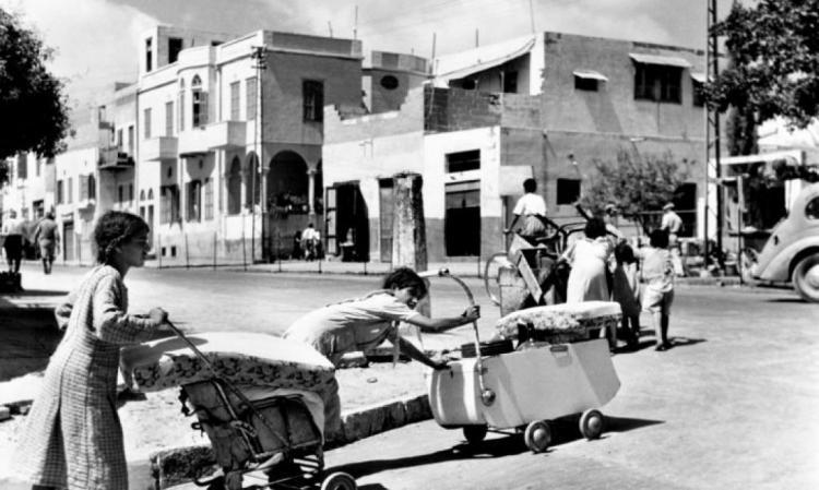 """المؤرخ الاسرائيلي بيني موريس: يمكن إعادة مقتنيات الفلسطينيين المنهوبة لكن سرقة ديارهم هي أخطر ما فعلته """"إسرائيل"""""""