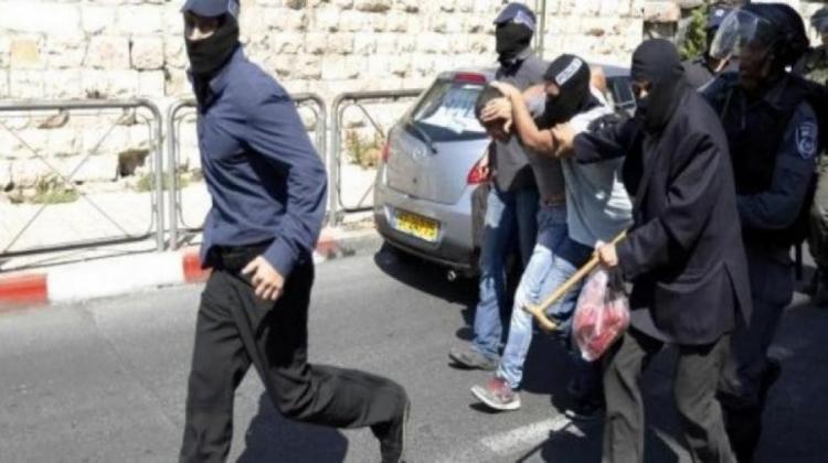 قوة إسرائيلية خاصة تختطف شابا من مخيم جنين