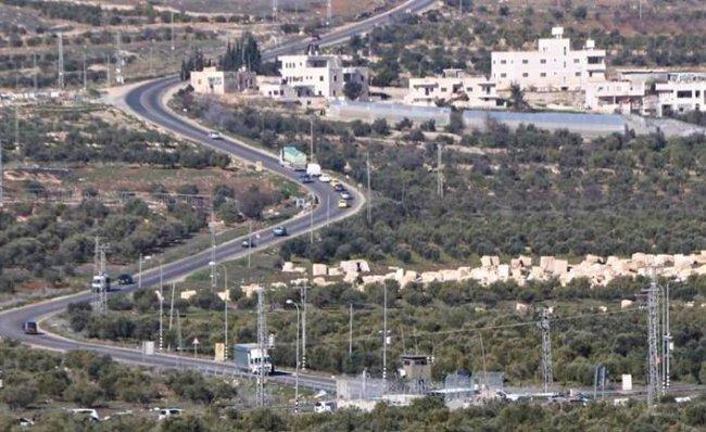 مستوطنون يرشقون مركبات فلسطينية بالحجارة قرب بيت لحم