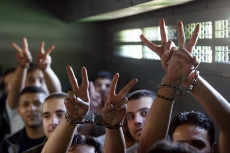 الأسرى يقررون خطوات احتجاجية يومي الجمعة والسبت