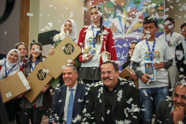 """فوز مدرسة دار الحكمة للبنات بالمركز الأول في مُسابقة """"اعرف أوروبا"""" في فلسطين"""