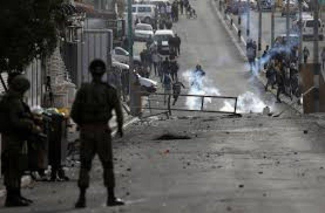 مواجهات بعد اقتحام الاحتلال لمدخل نابلس الجنوبي