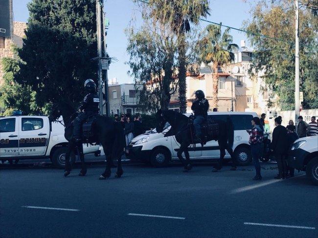 """حيفا: الاحتلال يعتقل أربعة شبان خلال احتجاج على """"مجسّم مسيء للمسيح"""""""