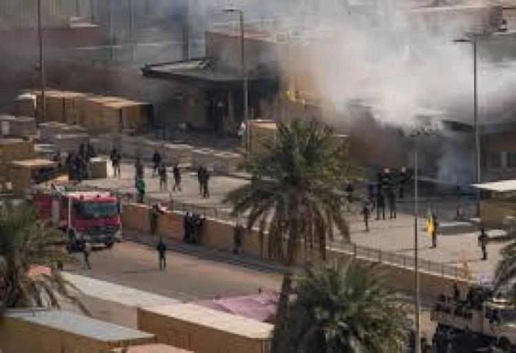 العراق.. سقوط صاروخ كاتيوشا على المنطقة الخضراء وسط بغداد