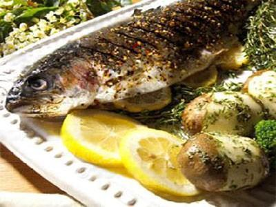 دراسة: الأسماك تحمي النساء من أمراض القلب