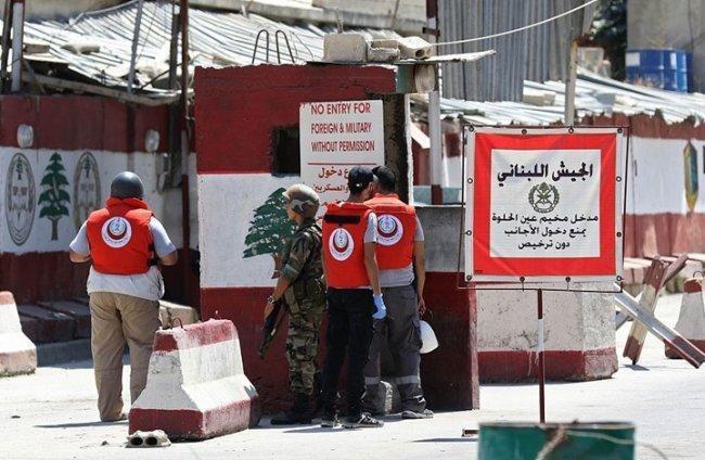 """أزمة متدحرجة في مخيم عين الحلوة بسبب """"البوابات الإلكترونية"""""""